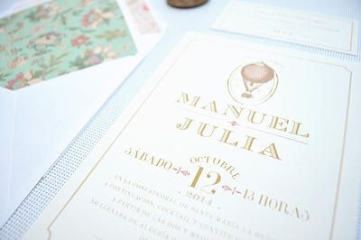 """Invitaciones de boda """"Lyon"""" ~ Aticom. #wedding #weddinginvitations #invitacionesdeboda #boda #vintage #flores #flowers #invitacionboda #Lyon"""
