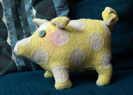 gl cksbringer ein kuscheliges schweinchen schwein pinterest. Black Bedroom Furniture Sets. Home Design Ideas