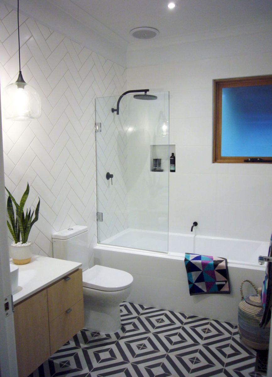 Stunning Small Bathroom Remodel Ideas (39) - HomeIdeas.co