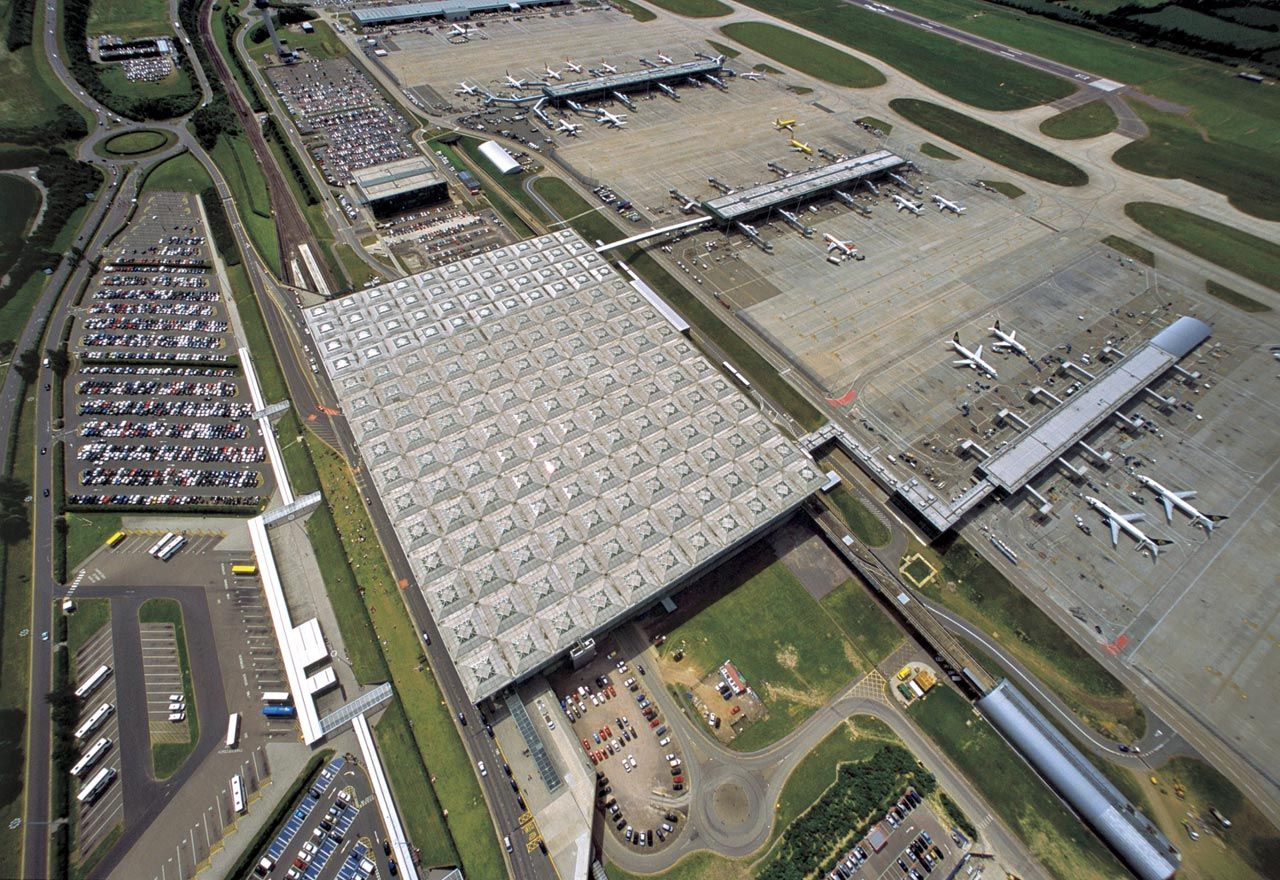 Stansted Airport Projects Foster Partners London Stansted Airport Foster Partners Architecture