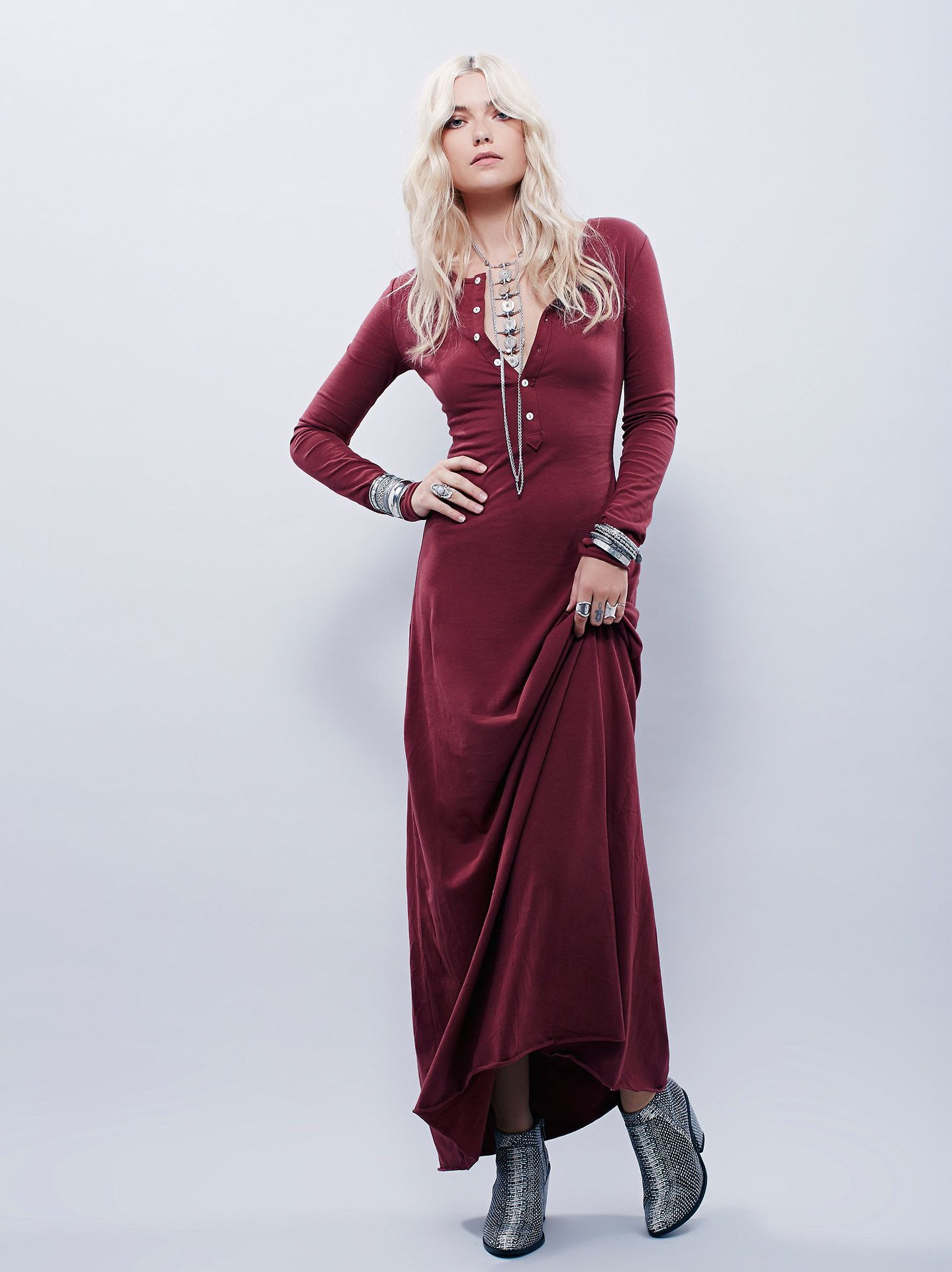 Feels Like Fall A Slender Fitting Long Sleeve Button Up Front Maxi Dress For The Simple American Boho Girl Maxi Dress Boho Maxi Dress Burgundy Maxi Dress [ 1920 x 1438 Pixel ]
