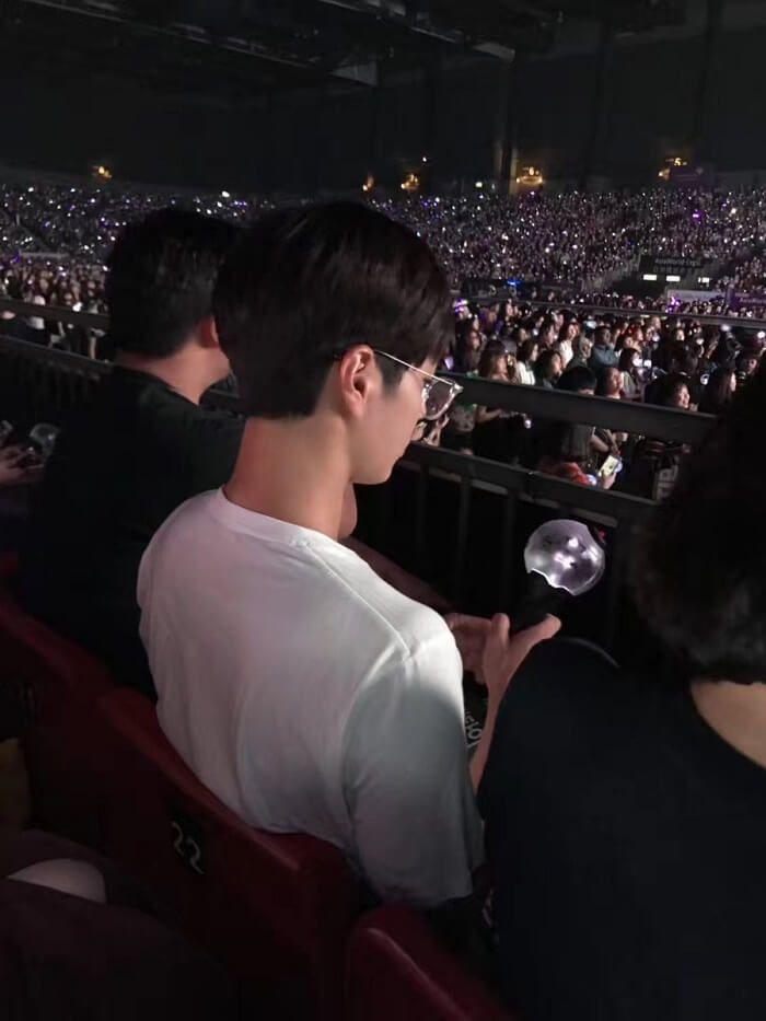パクボゴム、BTS香港公演を観戦!テテちゃんとの友情いつまでも♡