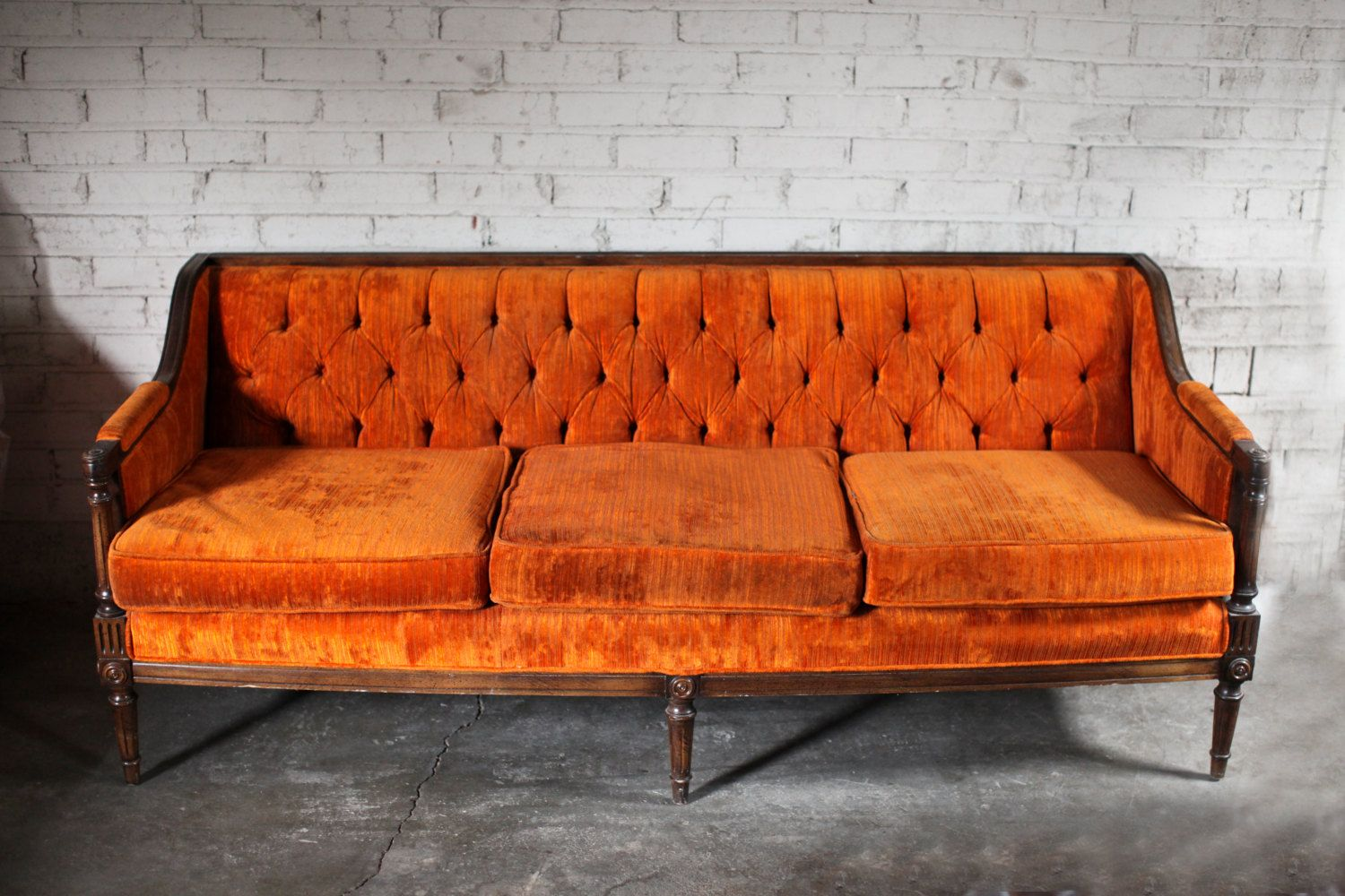 Vintage Orange Velvet Tufted Sofa Couch By Thefeelingofhome 2 200 00 Vintage Velvet Sofa Velvet Tufted Sofa Vintage Sofa