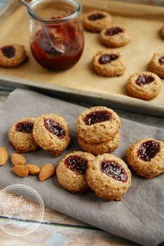 Almond Raspberry Thumbprint Cookies (vegan, paleo, gluten-free, no refined sugar added).