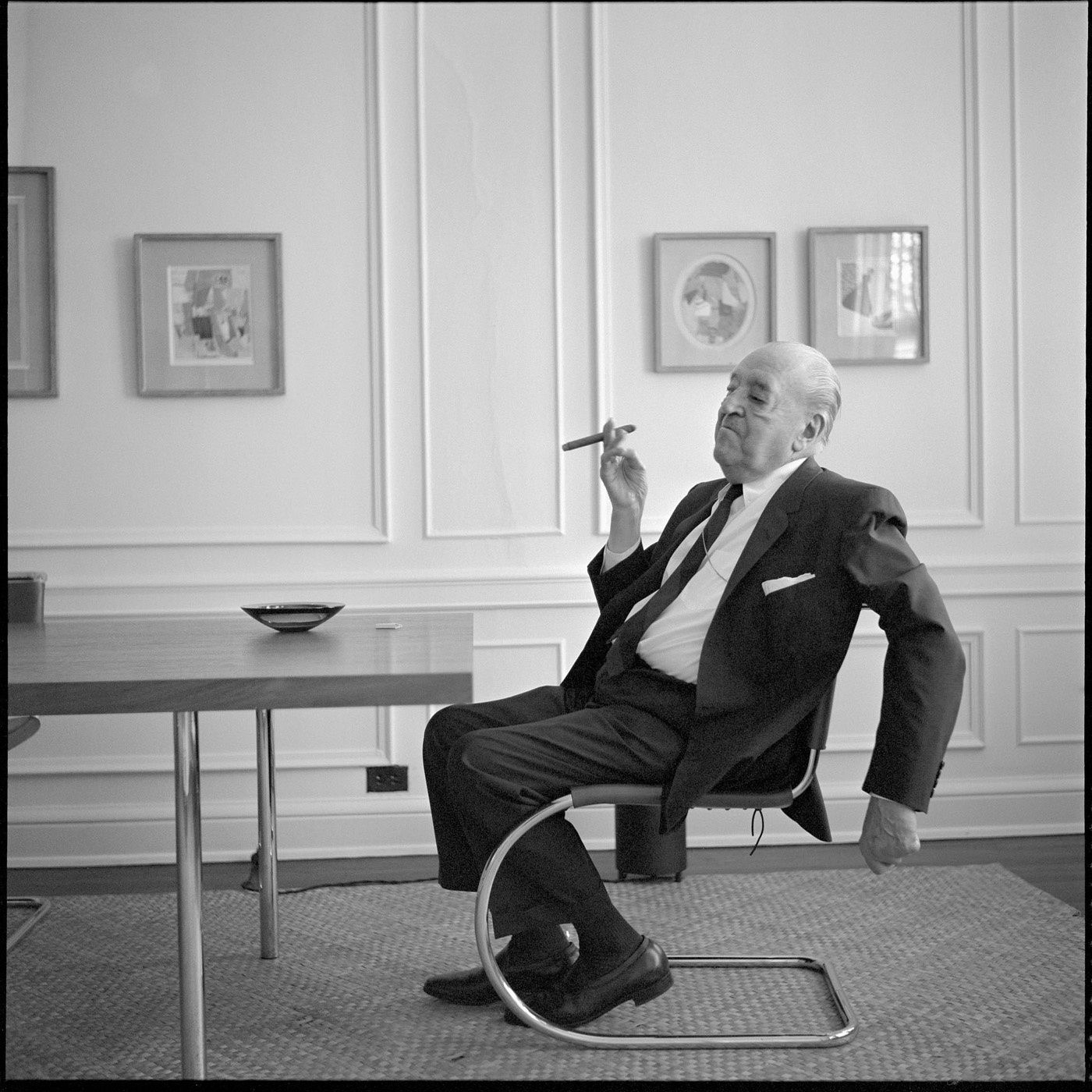 20th Century Chair Design: Ludwig Mies Van Der Rohe