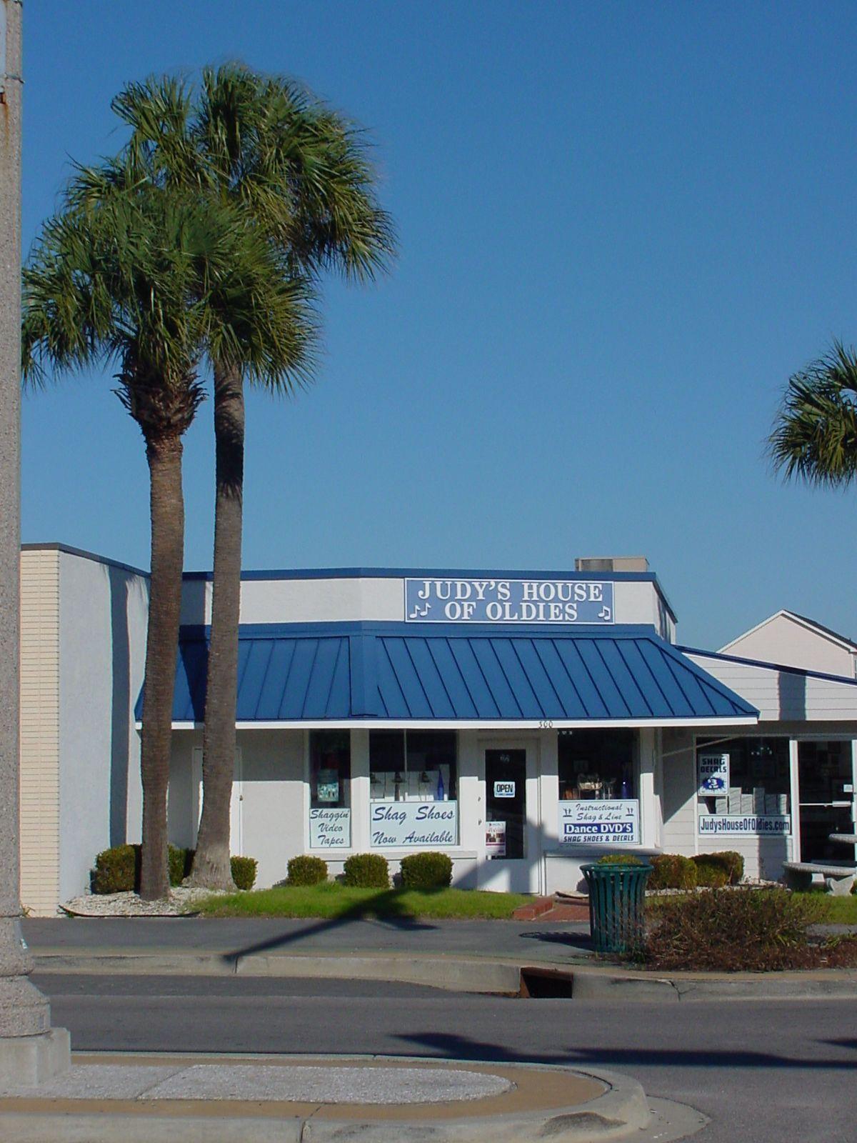 Judy S House Of Oldies And Shag Shoe Store Beach House Condos Cheap Beach House South Carolina Beach Houses