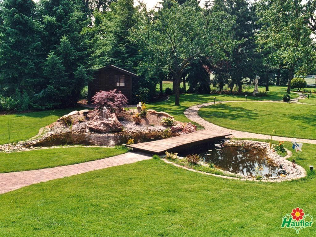 gartenteich mit bachlauf und brücke - google-suche | garden, Gartengestaltung
