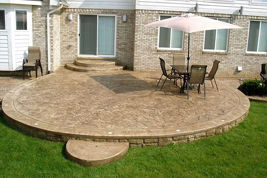 Round Patio biondo cement - patios gallery / 28-cement-patio-round-with
