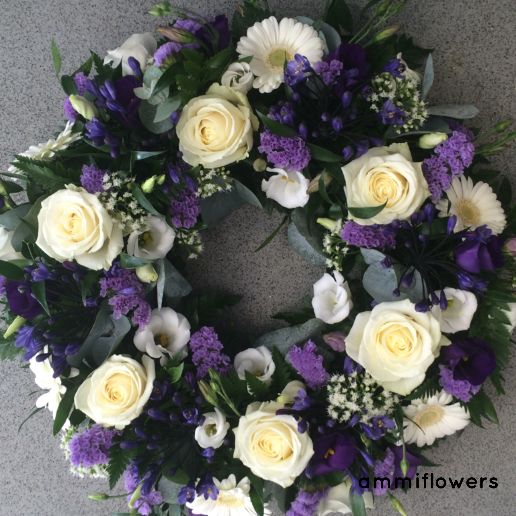 White and lilac wreath funeralflowers ammiflowersdevizes florists funeral izmirmasajfo