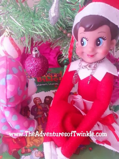 The Adventures of Twinkle The Elf #elfontheshelf #elfontheshelfideas #funnyelfontheshelf