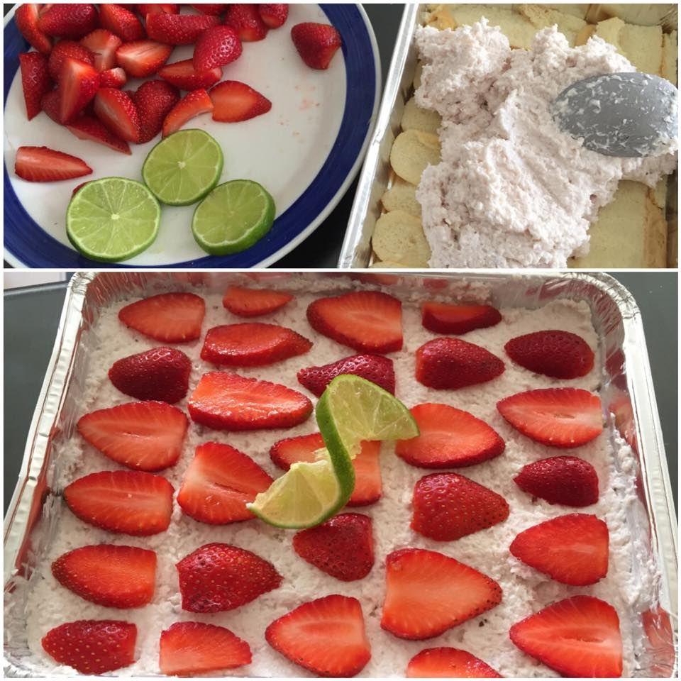 """Falosne """"BOUNTY""""   6-7 PL kokosu 170g Grecky jogurt ovocny (jahoda) 170g biely grecky jogurt Cca 20 kvapiek (1/2 cl) vanilkoveho extraktu 2 cl medu 1/2- 3/4 vystavenej limetky  Piskoty+ mlieko Ovocie Vsetko spolu zmiesme okrem piskot,ovocia a mlieka. Piskoty jemne namocime do mlieka a poukladame na spodok formy. Zmes vytreme na piskoty a na vrch poukladame jahody. Nechame odpocinut asi na hodinku a mozeme papat."""