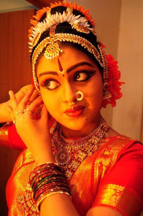 Classical dance make up hair on pinterest indian bridal hair bengali bride and saree