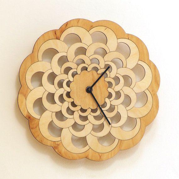 octopus - handmade wooden wall clock reloj de pared de madera, деревянные часы стены, orologio da parete in legno, Holz-Wanduhr, 木製の壁時計, in stock: $76