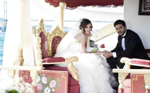 صور جلنار وليلى من كواليس مسلسل ليلى2016 صور ومعلومات عن جلنار بطل مسلسل ليلى منتدى مملكة الدوشجية Wedding Dresses Lace Wedding Dresses Lace Wedding