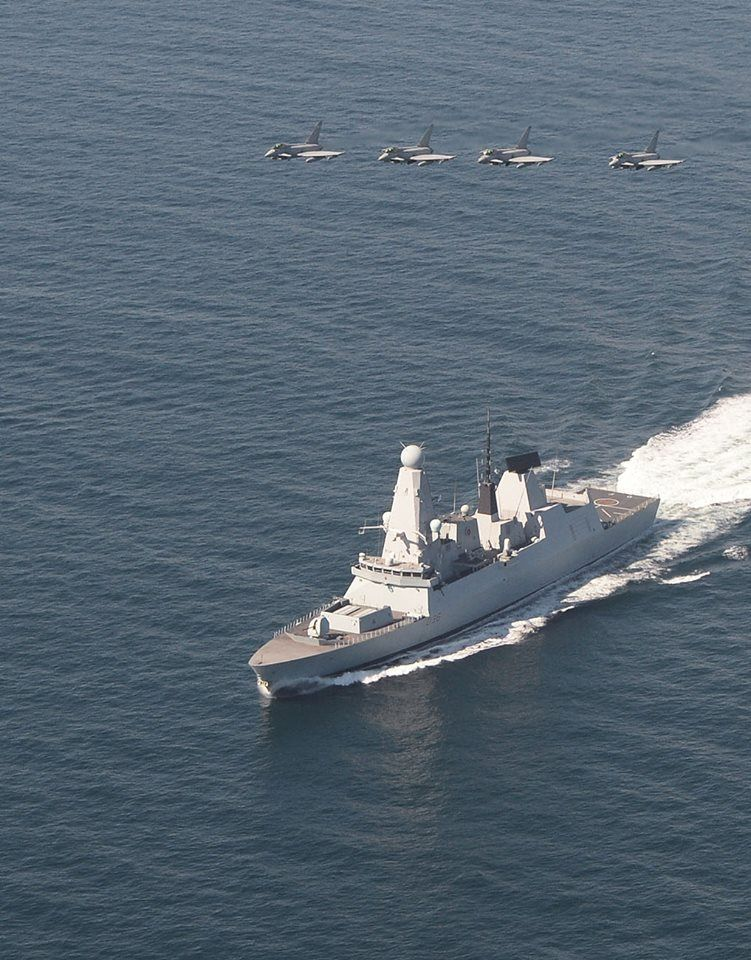 Royal Navy Photos From Royal Navy S Post Type 45 Destroyer Royal Navy Military Aircraft