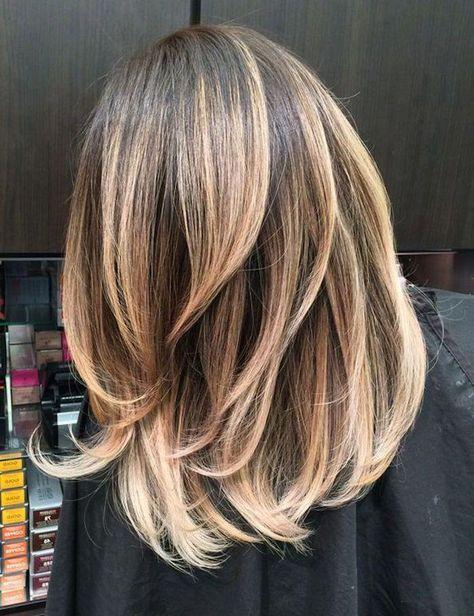 Pin By Kristin Kraiss On Hair Color In 2020 Medium Layered Hair Medium Hair Color Hair Color Highlights