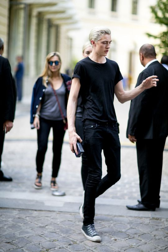 Lucky Blue Smith at PFW S/S 2016