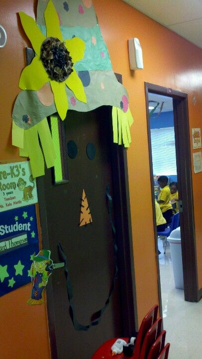Scarecrow classroom fall door