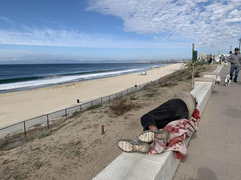 Looking Ahead Homelessness Likely To Present One Of South Bay S Toughest Challenges In The Next Decade Local News The Beac South Bay Venice Beach Homeless