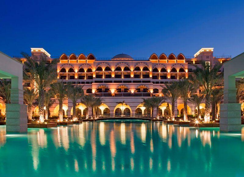 Emmy DE * Palm Resort Dubai  Spa – Jumeirah Zabeel Saray