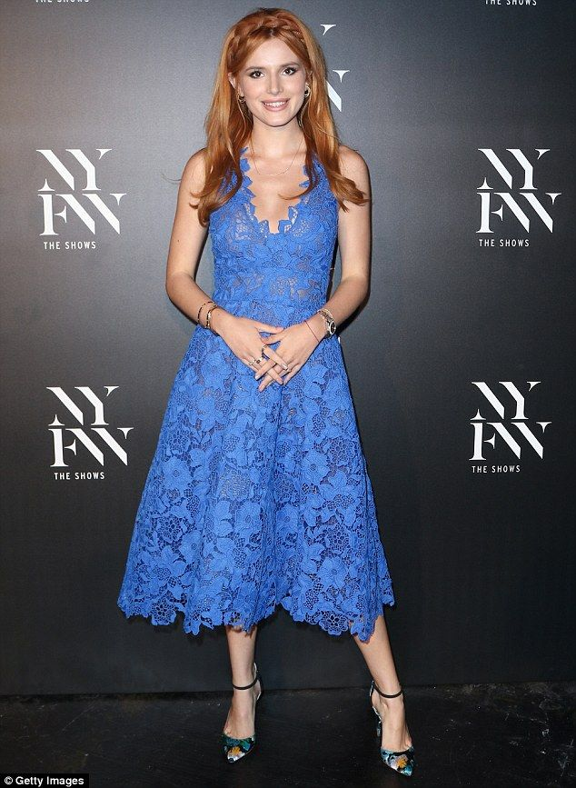Bella Thorne oozes glamour in blue lacy dress at New York fashion ...