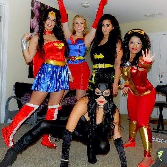 You'll Definitely Wanna Drop These Halloween Costume Ideas in the Group Chat #bffhalloweencostumes