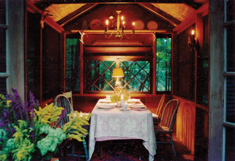 http://25amagazine.com/index.php/feature/gold-coast/item/858-bridgewood-farm-a-writer-s-hideaway-and-a-ghost