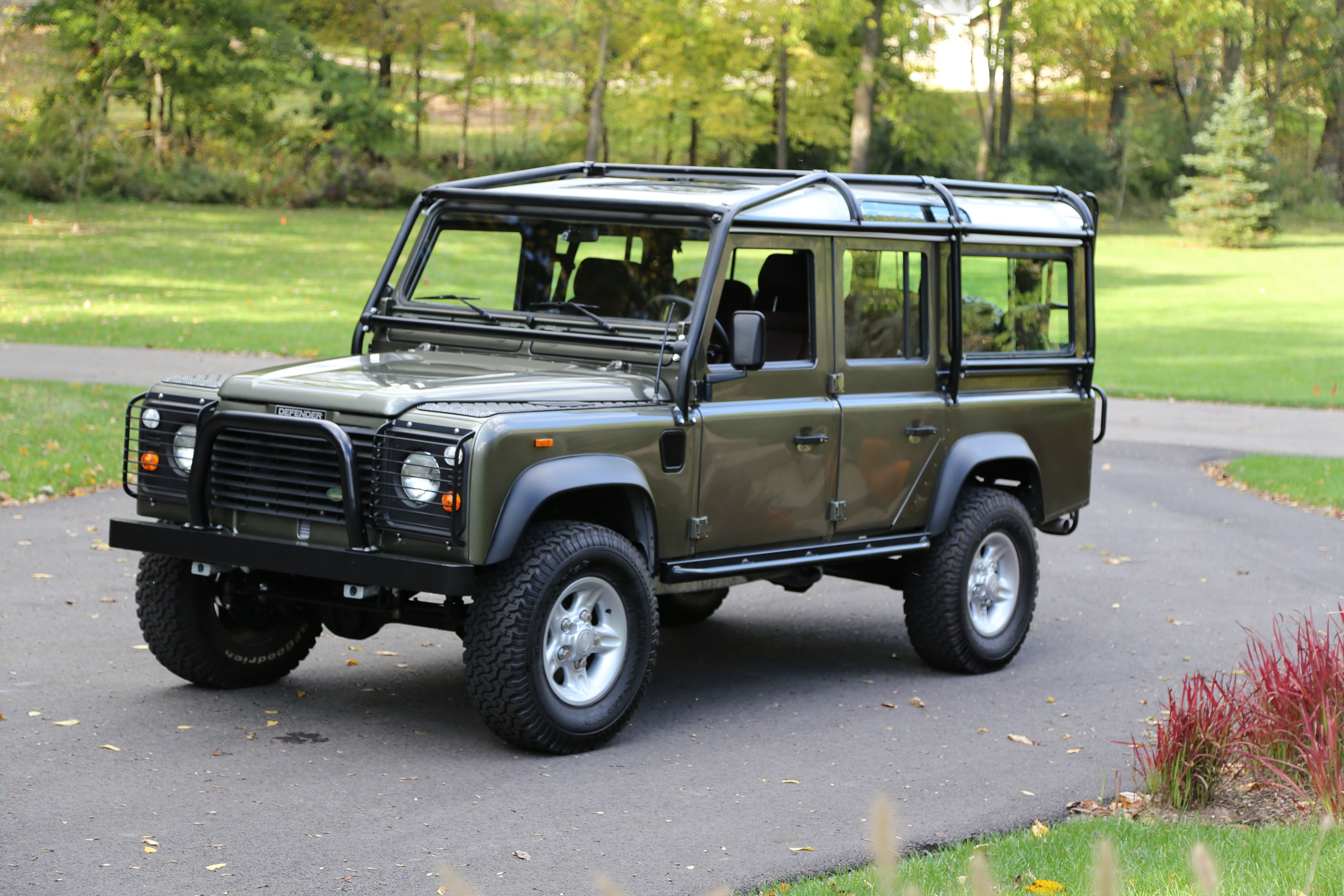 Defender 110 Willow Green Land rover defender expedition