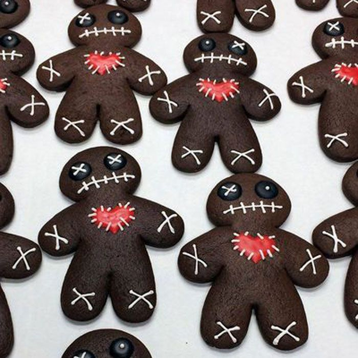 24 Halloween Cookie Ideas You Can Actually DIY