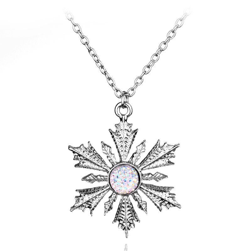 2017 Fashion Sweet Fine Silver Necklace Snowflake Crystal Zircon Clavicle  Chain Woman Necklaces Jewelry -30 98baf7398a9d