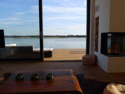Haus am see mit privatstrand 1 leipzig seeblick von der couch