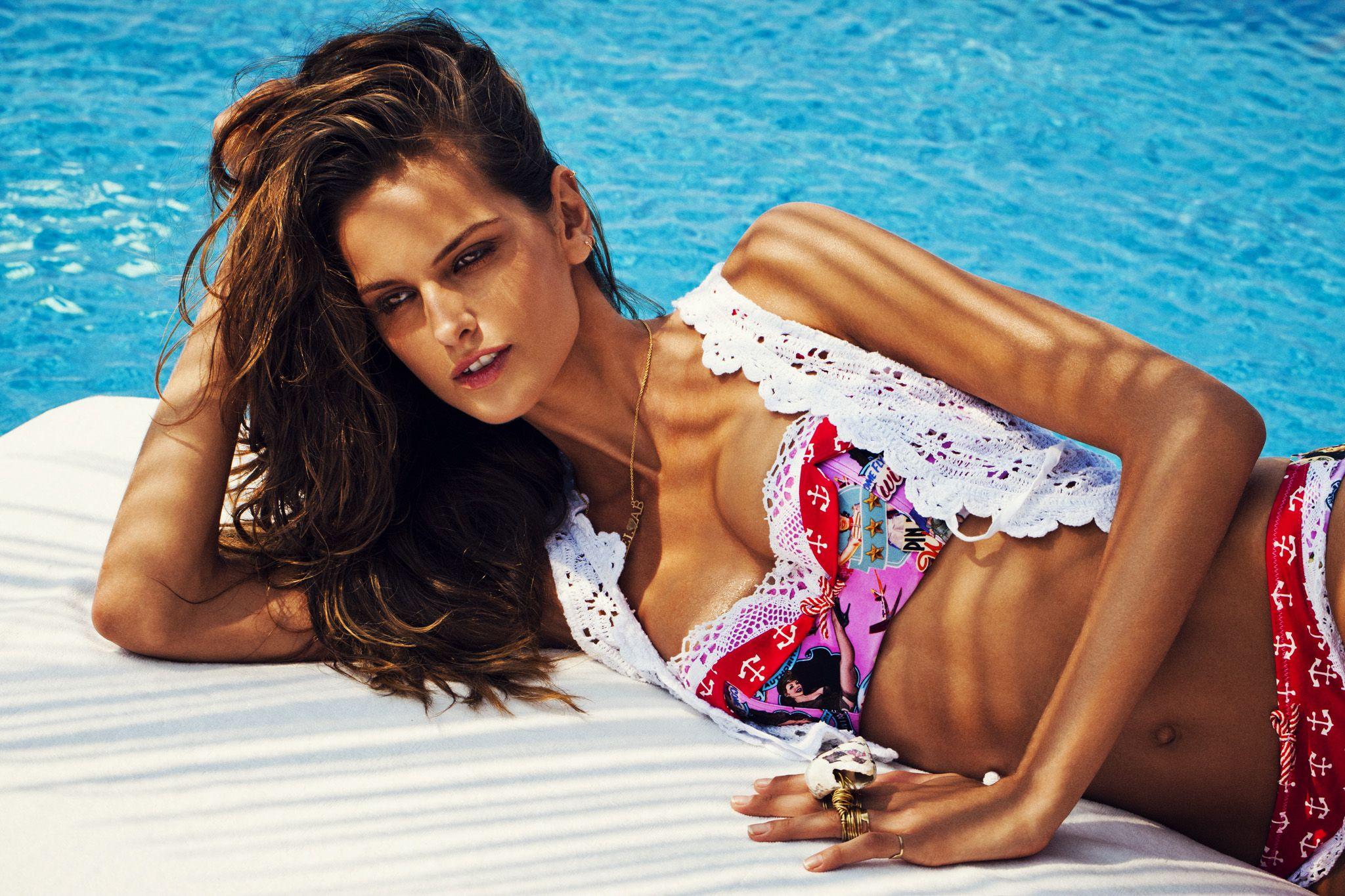 Looks - Bendita agua spring summer swimwear campaign video