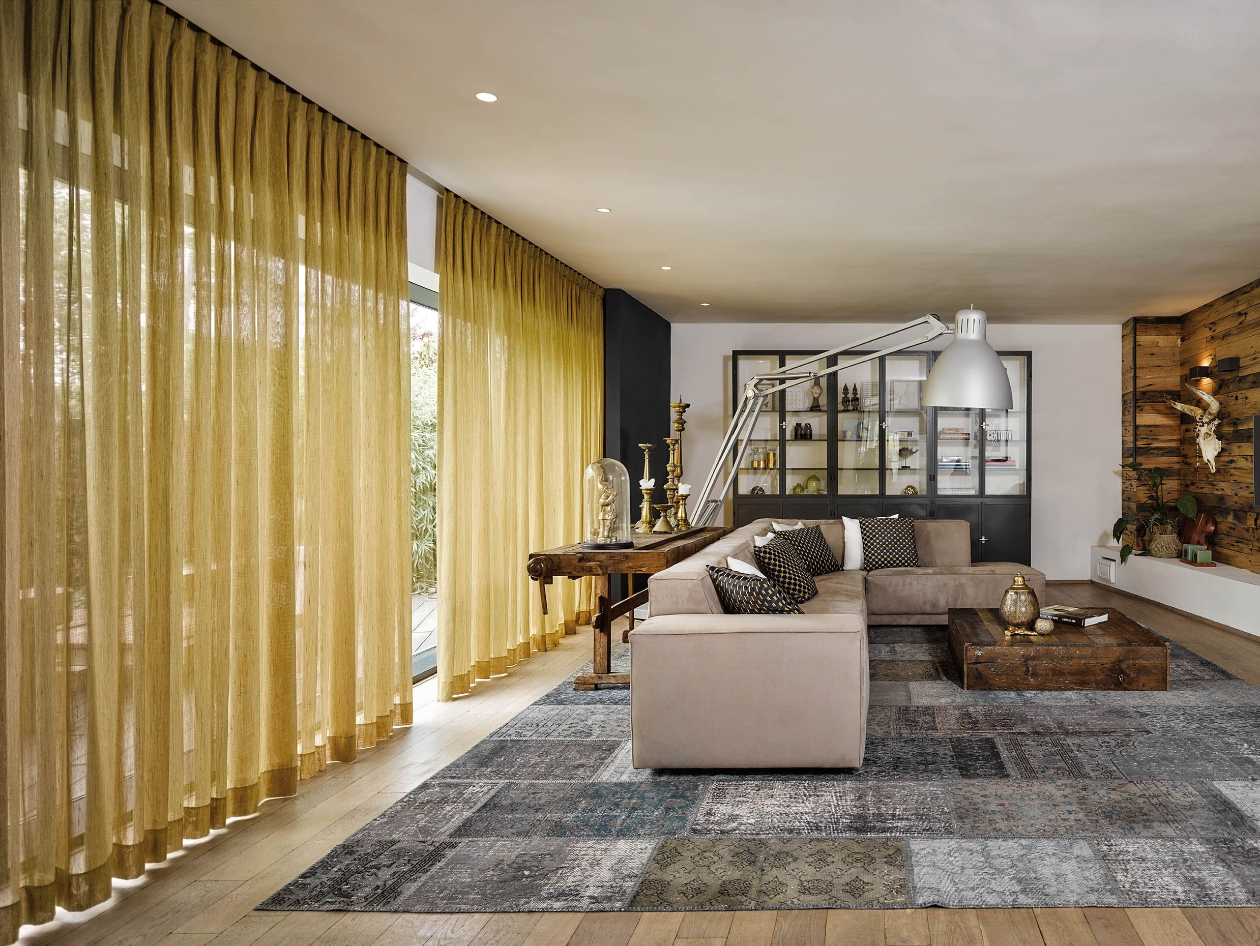 gordijnen #inbetween #stoffen #interieur #decoratie #bekleding ...