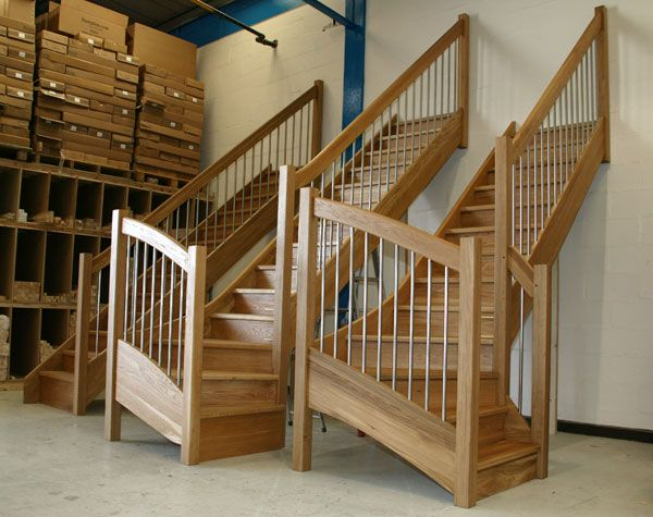 Oak Staircases With The European Style Handrail Stainless