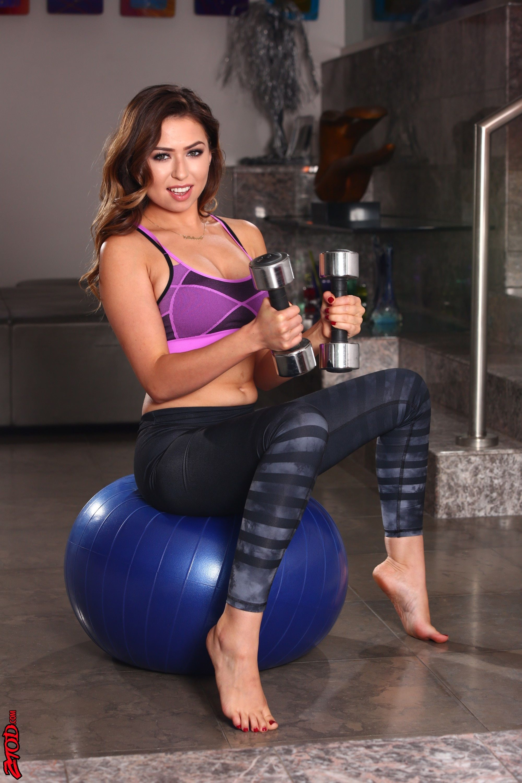 Melissa moore yoga pants Melissa Moore