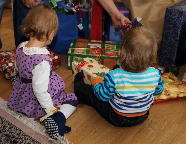 """""""So überlebst du Weihnachten mit Kleinkindern"""" ein Gastbeitrag von Kinder haben - und trotzdem leben im Adventkalender von Babyspeck & Brokkoli auf http://babyspeck.at/adventkalender"""