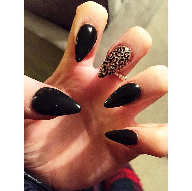 Meine Halloween Nägel. #oktober #gel #schwarz #nach wie vor #acryl #gold #leopard #hal …   – Nails