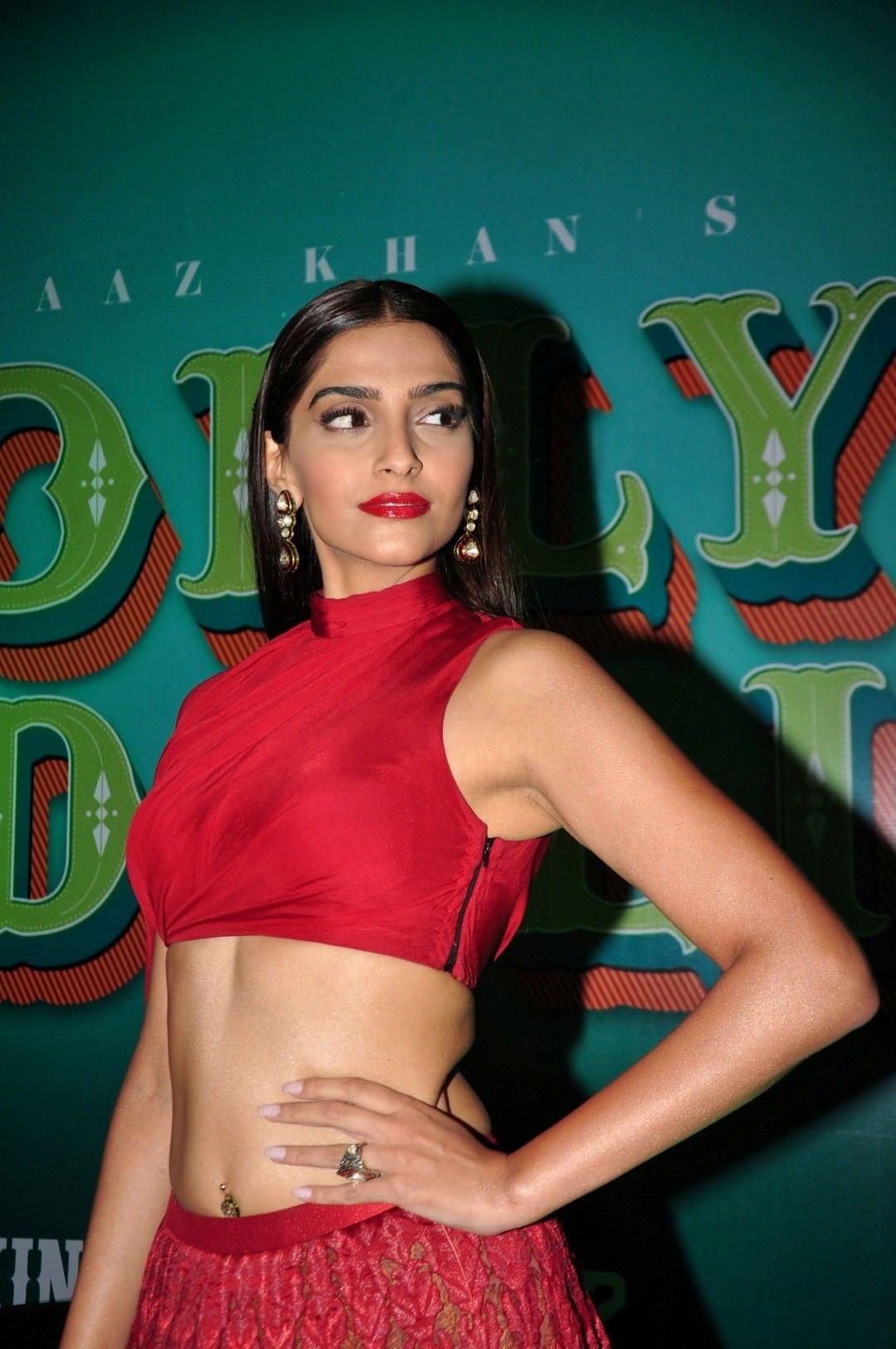Leaked Sonam Kapoor nude (85 foto and video), Sexy, Paparazzi, Boobs, in bikini 2018