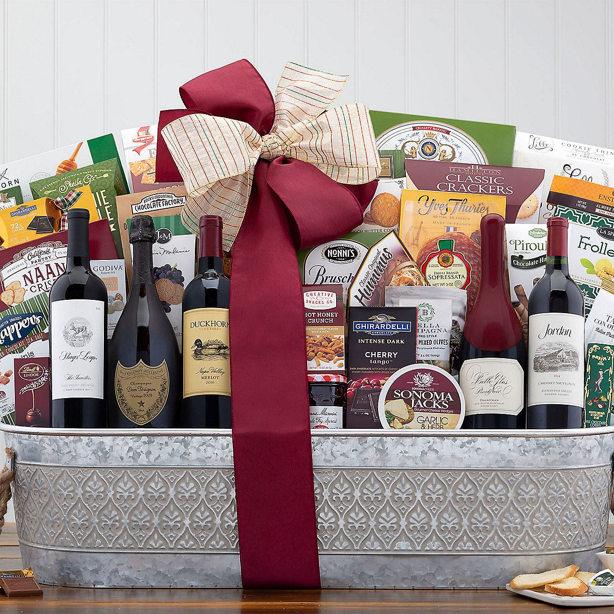 The Ultimate Wine And Champagne Executive Gift Basket In 2020 Wine Country Gift Baskets Wine Gift Baskets Champagne Collection