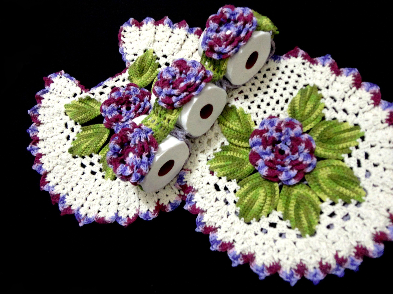 """Jogo de banheiro de crochê com flores """"Uva Roxa"""" por JNY Crochê"""