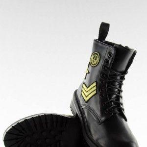 7c35604fee78 cierna-hruba-damska-zimna-obuv-nasivkami-hrubou-podrazkou (2 ...