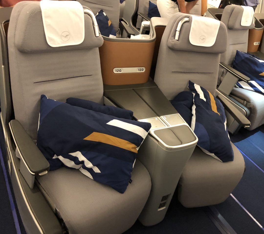 Flight review lufthansa business class a380 business