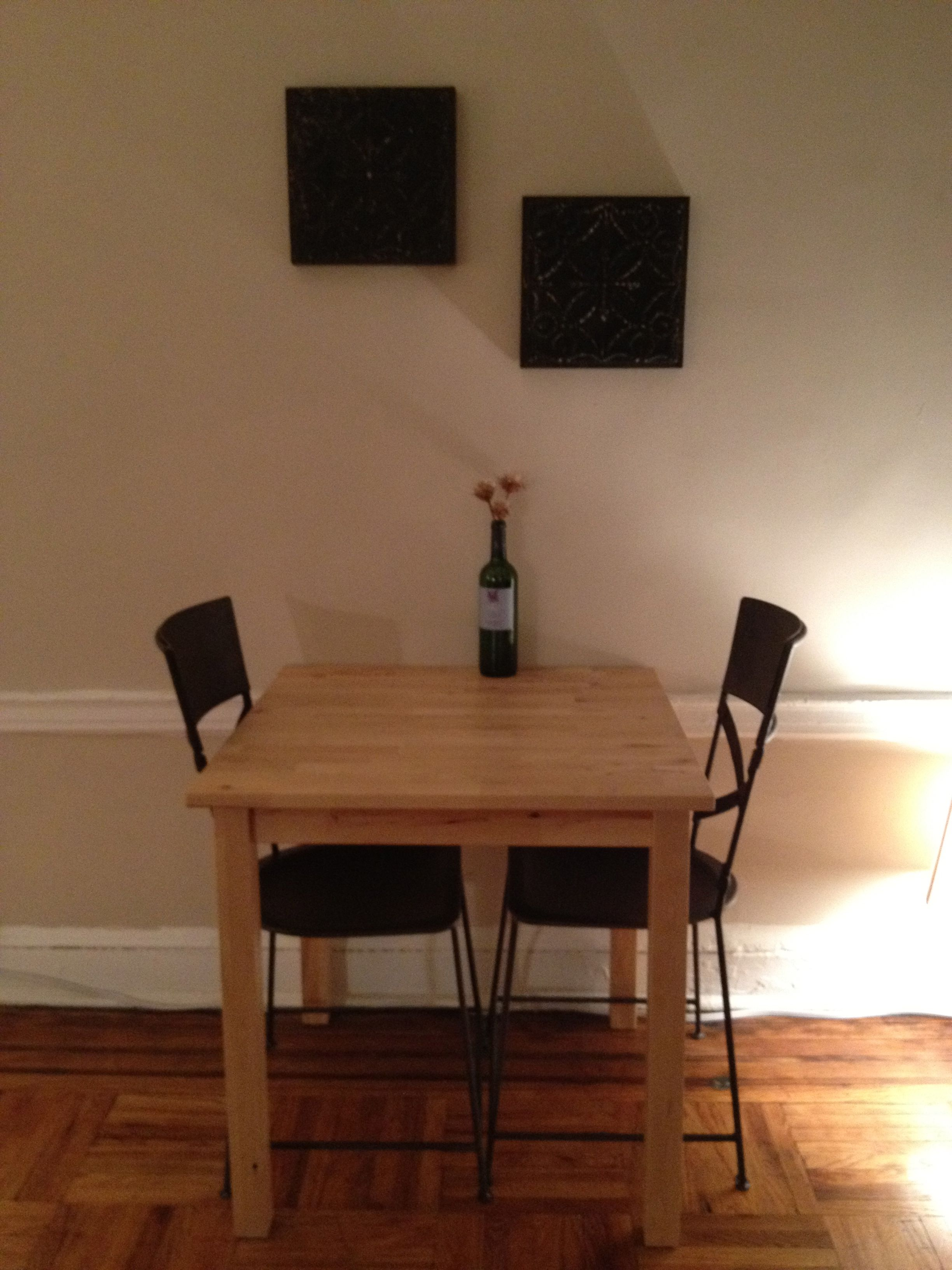 Dining area (at night time - lamp lighting).
