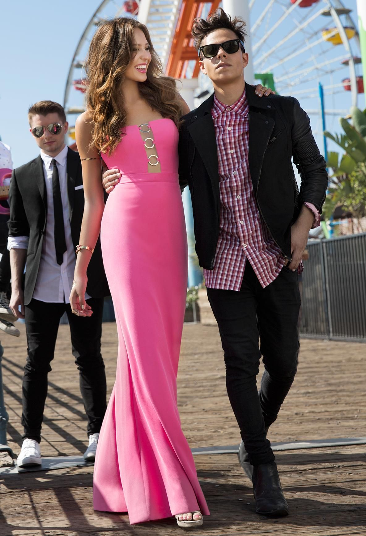 Fun in the Cali sun with Midnight Red! #camillelavie #CLVprom ...