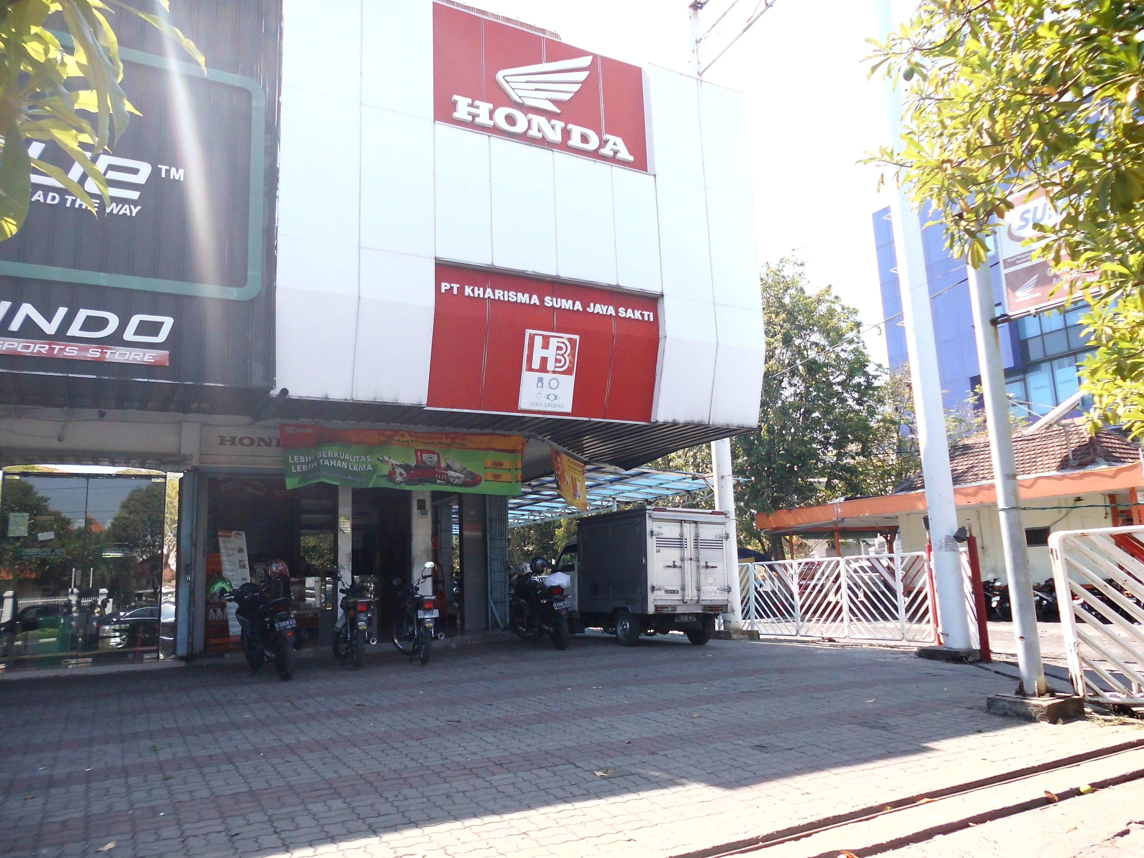 Tampak Depan Suma Parts Shop Pucang Anom Surabaya Honda Spareparts Sumapartsshop Surabaya Honda Surabaya