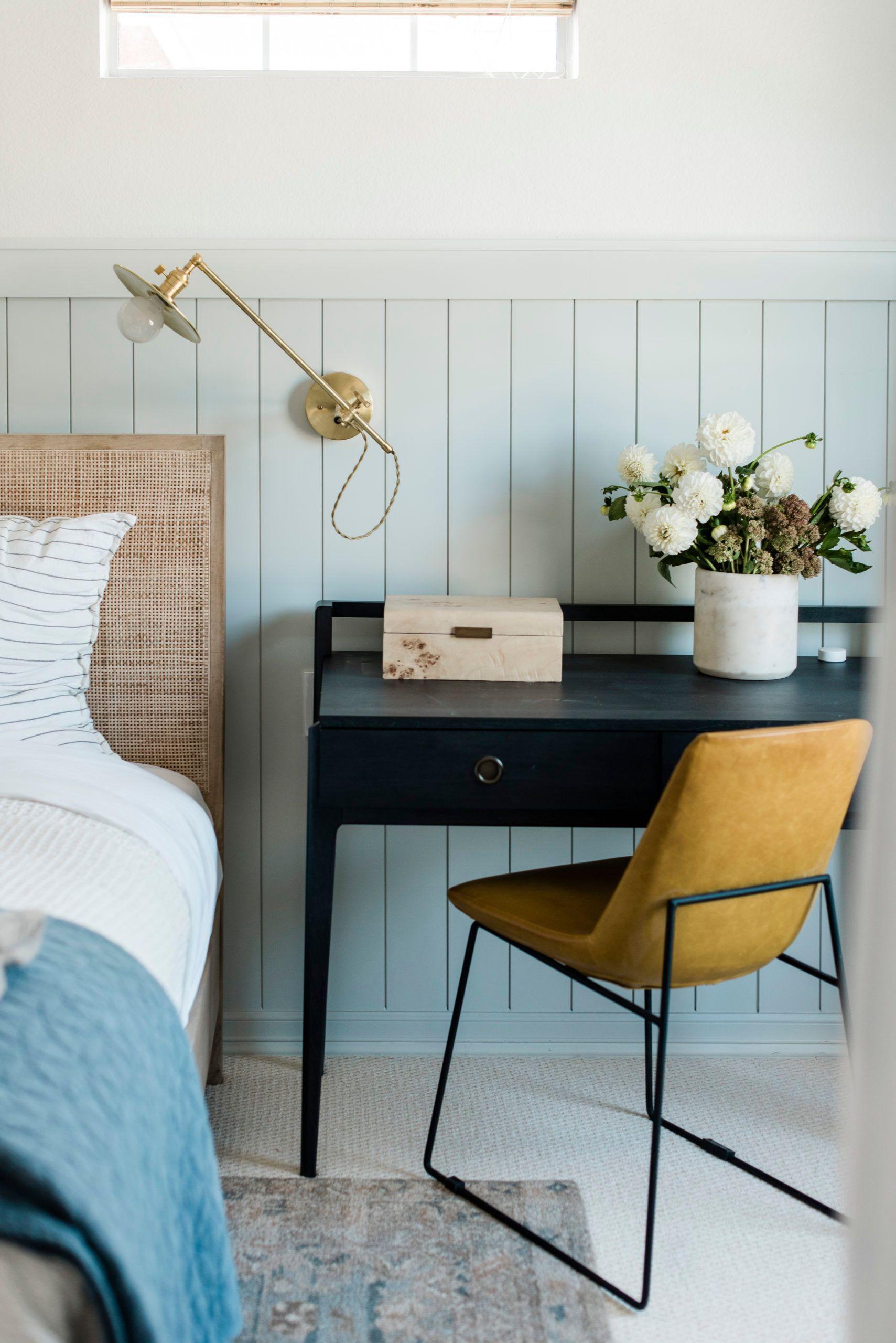 bedroom inspiration, bedroom desk, bedroom decor ideas #bedroominspiration #homedecor #interiors