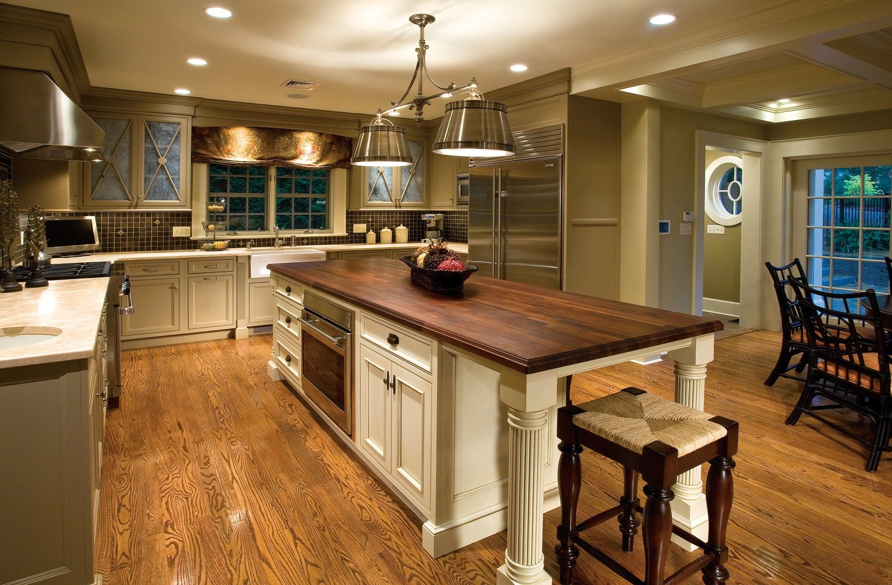 Amazing Oak Kitchen Table Top Class Material Applying White And Dark Brown Color With Storage Added S Home Kitchens Traditional Kitchen Cabinets Rustic Kitchen