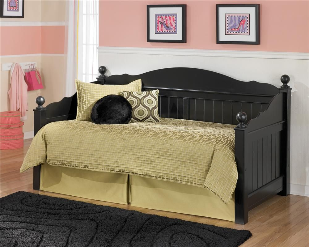 Signature Design By Ashley Jaidyn Day Bed   Gardiners Furniture   Daybed  Baltimore, Towson,