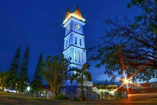 Jam Gadang, Bukittinggi, Sumatera Barat (Dengan gambar ...