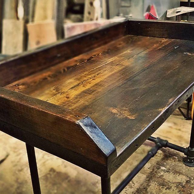 Jillys Wood Pipe Desk #reclaimedwood #woodrescue #woodhunters
